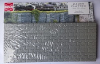 Busch 8612 Stone Walls (pack of two)