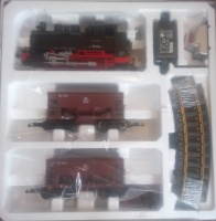 Piko 37100 BR80 and Ore cars Starter Set