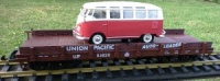 UP Flat Wagon with VW Bus load Piko 38722