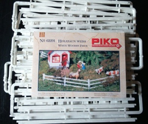 Piko 62291 White Wooden Fencing