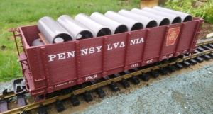 Piko 38724 PRR High sided bogie wagon with pipe load